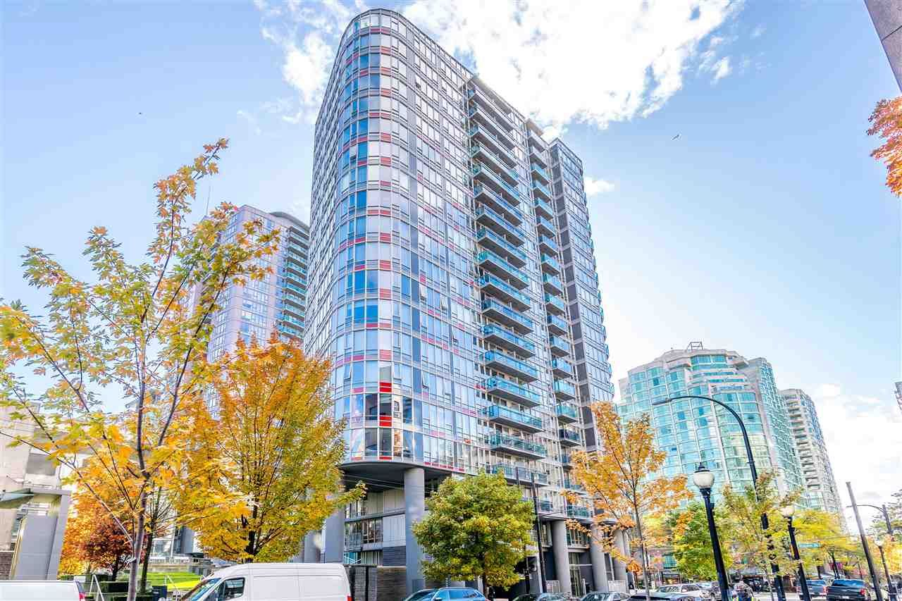 """Main Photo: 308 788 HAMILTON Street in Vancouver: Downtown VW Condo for sale in """"TV Towers"""" (Vancouver West)  : MLS®# R2514915"""