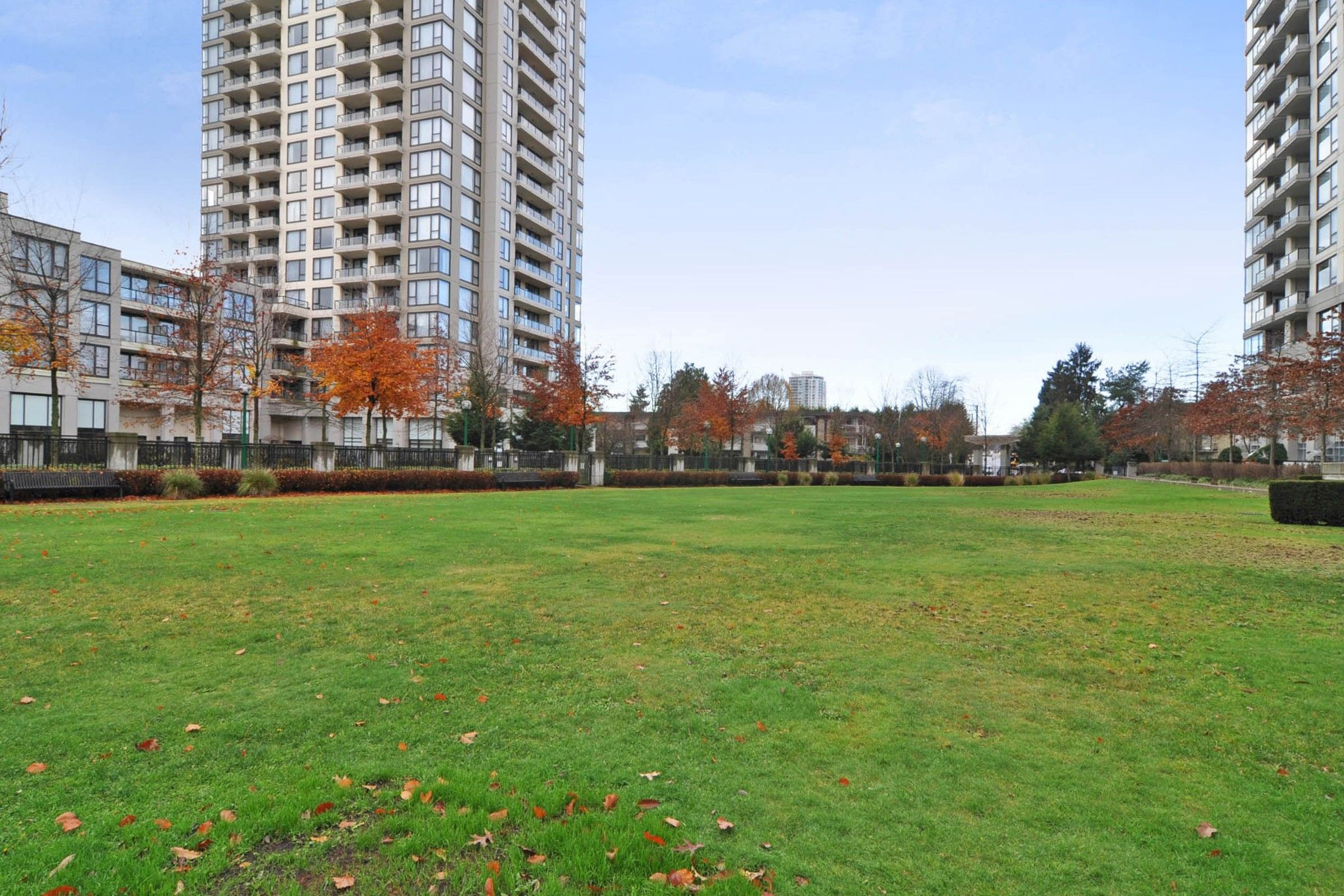 """Photo 16: Photos: 312 7138 COLLIER Street in Burnaby: Highgate Condo for sale in """"STANDFORD HOUSE"""" (Burnaby South)  : MLS®# R2224760"""