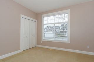 Photo 14: 19755 68A AVENUE in Langley: Home for sale : MLS®# R2153628