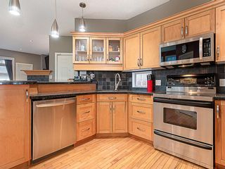 Photo 10: 1526 19 Avenue NW in Calgary: Capitol Hill Detached for sale : MLS®# A1031732