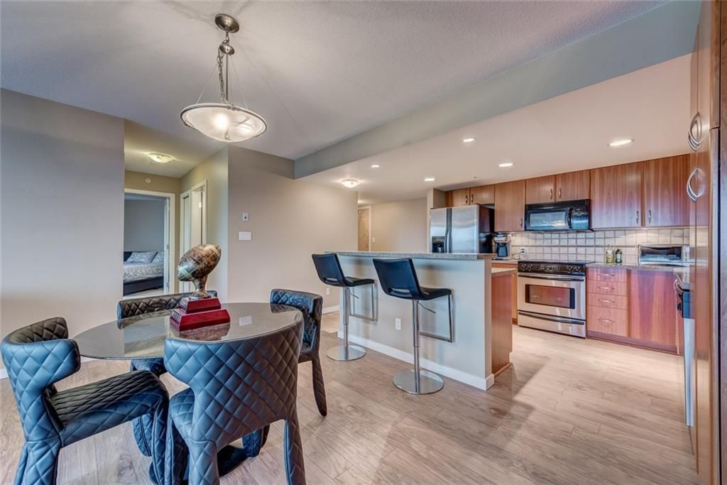 Main Photo: 601 1088 6 Avenue SW in Calgary: Downtown West End Apartment for sale : MLS®# A1116263