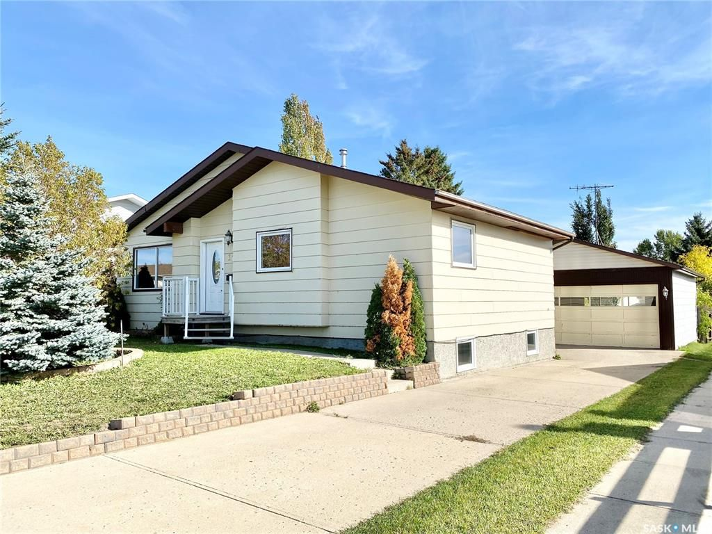 Main Photo: 116 Wright Crescent in Biggar: Residential for sale : MLS®# SK871376