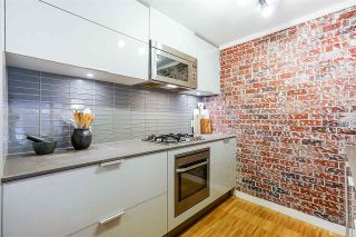 Photo 5: 704 128 W CORDOVA STREET in Vancouver: Downtown VW Condo for sale (Vancouver West)  : MLS®# R2302519