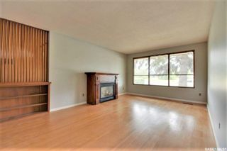 Photo 4: 342 Acadia Drive in Saskatoon: West College Park Residential for sale : MLS®# SK862933