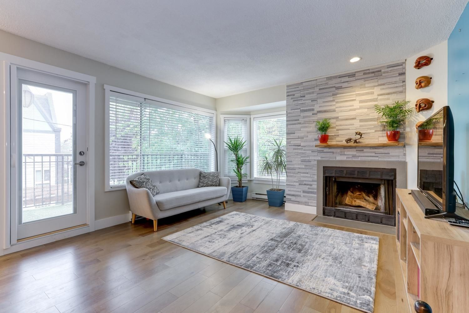 Main Photo: 8676 SW MARINE Drive in Vancouver: Marpole Townhouse for sale (Vancouver West)  : MLS®# R2620203