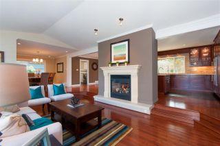 Photo 2: 1091 SKANA DRIVE in Tsawwassen: English Bluff House for sale : MLS®# R2288202