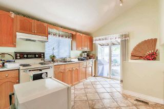 Photo 9: 9623 130 Street in Surrey: Cedar Hills House for sale (North Surrey)  : MLS®# R2176766