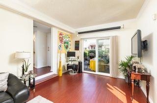 """Photo 4: 3456 WELLINGTON Avenue in Vancouver: Collingwood VE Townhouse for sale in """"Wellington Mews"""" (Vancouver East)  : MLS®# R2603628"""