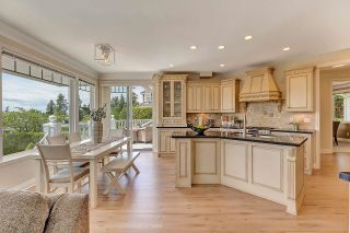 Photo 13: 13518 MARINE Drive in Surrey: Crescent Bch Ocean Pk. House for sale (South Surrey White Rock)  : MLS®# R2597553