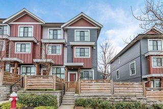 """Photo 1: 5 13260 236 Street in Maple Ridge: Silver Valley Townhouse for sale in """"Archstone at Rockridge"""" : MLS®# R2556429"""