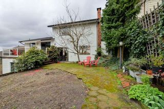 Photo 18: 1982 WILTSHIRE Avenue in Coquitlam: Cape Horn House for sale : MLS®# R2045669