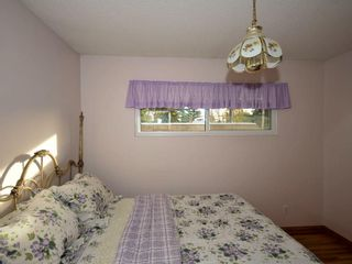 Photo 8: 8 Fraser Road SE in Calgary: Fairview House for sale : MLS®# C4141028