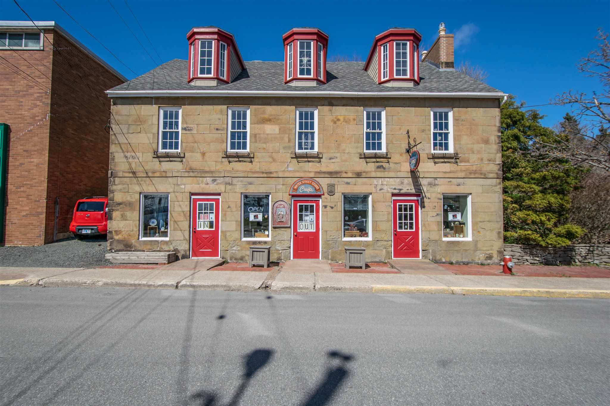 Main Photo: 110 Water Street in Pictou: 107-Trenton,Westville,Pictou Residential for sale (Northern Region)  : MLS®# 202109206