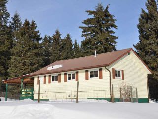Photo 3: 2397 BOUCHIE LAKE Road in Quesnel: Bouchie Lake House for sale (Quesnel (Zone 28))  : MLS®# N215778