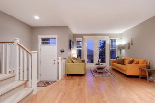 Photo 2: 109 FERNWAY Drive in Port Moody: Heritage Woods PM 1/2 Duplex for sale : MLS®# R2574822