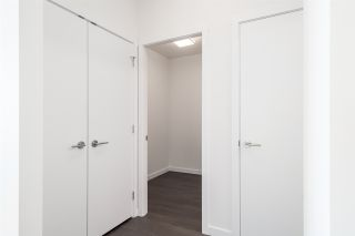 """Photo 16: 3202 5515 BOUNDARY Road in Vancouver: Collingwood VE Condo for sale in """"Wall Centre Central Park"""" (Vancouver East)  : MLS®# R2208071"""