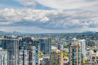 """Photo 11: 3803 1283 HOWE Street in Vancouver: Downtown VW Condo for sale in """"Tate"""" (Vancouver West)  : MLS®# R2592926"""