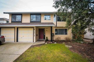 Photo 1: 18312 HUNTER Place in Surrey: Cloverdale BC House for sale (Cloverdale)  : MLS®# R2250960