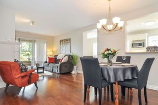 """Photo 4: 113 20448 PARK Avenue in Langley: Langley City Condo for sale in """"James Court"""" : MLS®# R2356107"""