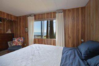 """Photo 22: 4485 STALASHEN Drive in Sechelt: Sechelt District Manufactured Home for sale in """"Tsawcome Properties"""" (Sunshine Coast)  : MLS®# R2574655"""