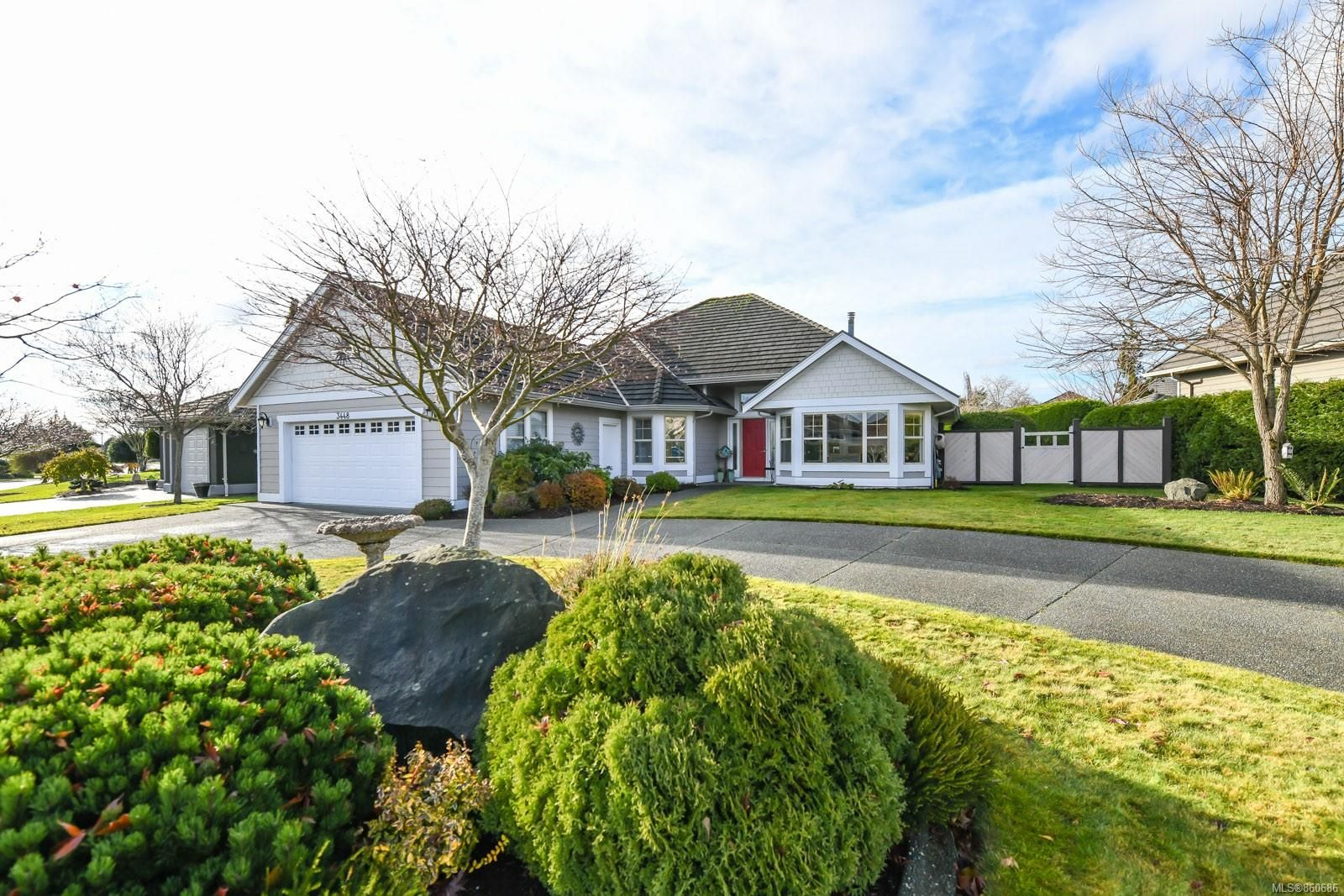 Main Photo: 3448 Crown Isle Dr in : CV Crown Isle House for sale (Comox Valley)  : MLS®# 860686
