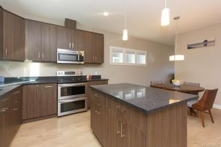 Photo 10: 1210 McLeod Pl in Langford: La Happy Valley House for sale : MLS®# 834908