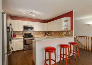 Photo 4: 136 MT ABERDEEN Manor SE in Calgary: McKenzie Lake Row/Townhouse for sale : MLS®# A1109069