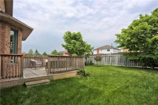 Photo 11: 121 Harkness Drive in Whitby: Rolling Acres House (2-Storey) for sale : MLS®# E3511050