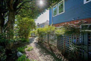Photo 4: 230 W 15TH AVENUE in Vancouver: Mount Pleasant VW Townhouse for sale (Vancouver West)  : MLS®# R2571760