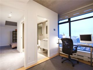 """Photo 17: 2910 128 W CORDOVA Street in Vancouver: Downtown VW Condo for sale in """"WOODWARDS"""" (Vancouver West)  : MLS®# V987819"""