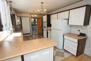 Photo 5: 2700 Cosgrove Cres in : Na Departure Bay House for sale (Nanaimo)  : MLS®# 878801