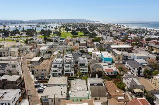 Photo 6: Property for sale: 834 Jamaica Court in San Diego