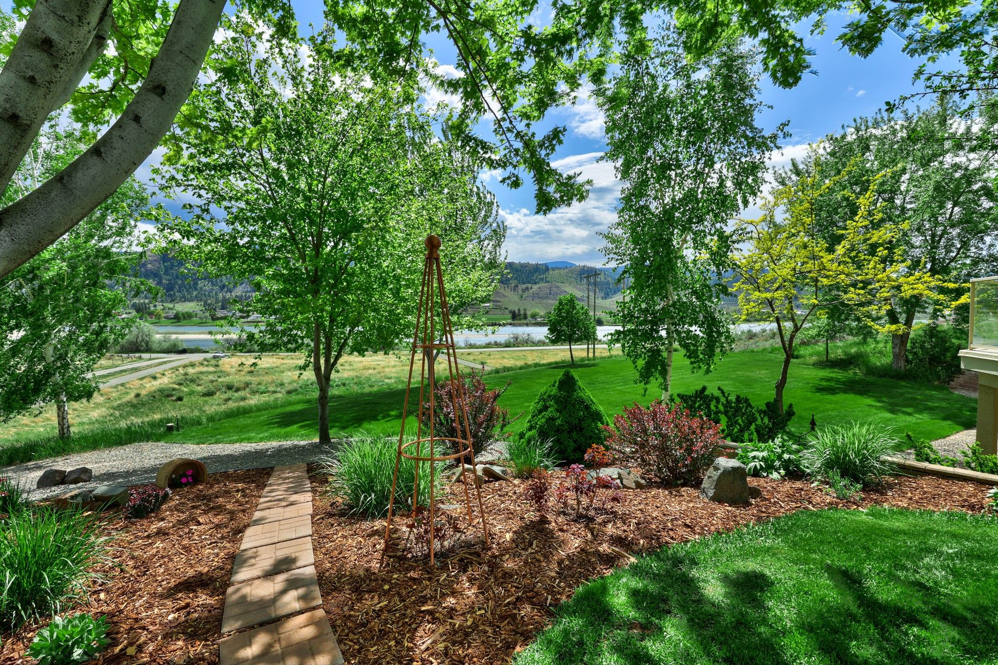 Photo 42: Photos: 3299 E Shuswap Road in Kamloops: South Thompson Valley House for sale : MLS®# 162162