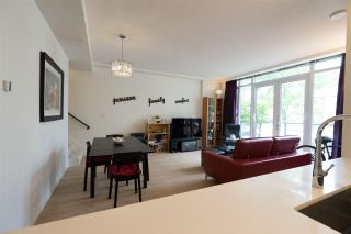 """Photo 10: 2 7988 ACKROYD Road in Richmond: Brighouse Townhouse for sale in """"QUINTET"""" : MLS®# R2588271"""