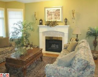 """Photo 3: 98 9208 208TH Street in Langley: Walnut Grove Townhouse for sale in """"CHURCHILL PARK"""" : MLS®# F1002251"""