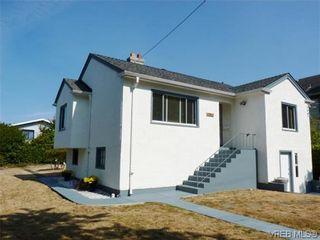 Photo 1: 1782 Adanac St in VICTORIA: Vi Fernwood House for sale (Victoria)  : MLS®# 619517
