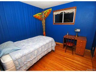 Photo 11: 144 Moore Avenue in WINNIPEG: St Vital Residential for sale (South East Winnipeg)  : MLS®# 1421829