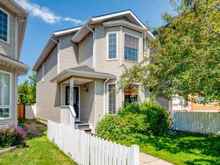 Main Photo: 2436 6 Avenue NW in Calgary: West Hillhurst Detached for sale : MLS®# A1154028