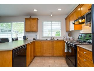 """Photo 7: 71 17097 64 Avenue in Surrey: Cloverdale BC Townhouse for sale in """"The Kentucky"""" (Cloverdale)  : MLS®# R2064911"""