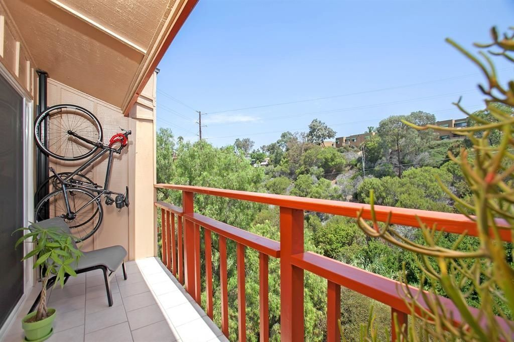Main Photo: SAN DIEGO Townhouse for sale : 2 bedrooms : 1281 34th St #3