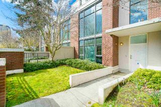 """Photo 3: 7021 17TH Avenue in Burnaby: Edmonds BE Townhouse for sale in """"Park 360"""" (Burnaby East)  : MLS®# R2554928"""