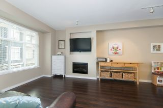 """Photo 6: 4 6956 193 Street in Surrey: Clayton Townhouse for sale in """"The Edge"""" (Cloverdale)  : MLS®# R2194953"""