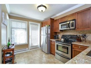 """Photo 8: 18 6238 192ND Street in Surrey: Cloverdale BC Townhouse for sale in """"BAKERVIEW TERRACE"""" (Cloverdale)  : MLS®# F1420554"""