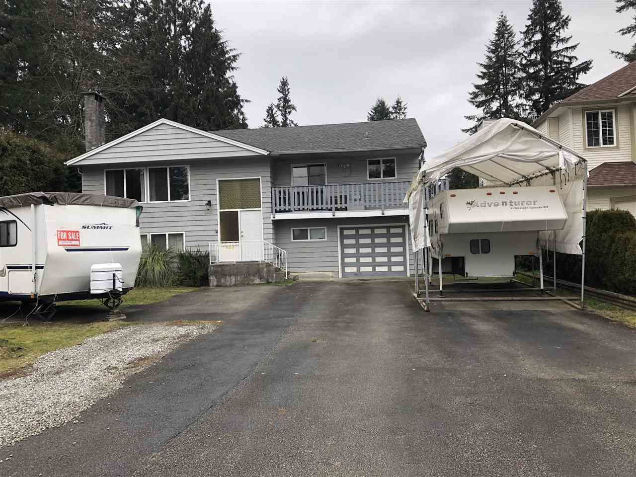 """Main Photo: 2615 KITCHENER Avenue in Port Coquitlam: Woodland Acres PQ House for sale in """"Glenwood Acres"""" : MLS®# R2404418"""