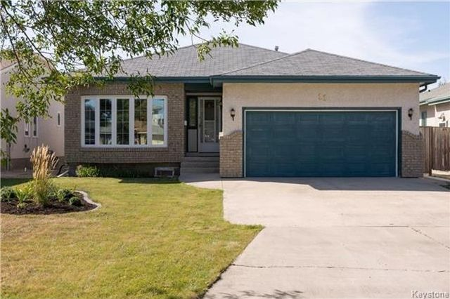 Main Photo: 11 Highcastle Crescent in Winnipeg: River Park South Residential for sale (2F)  : MLS®# 1724417