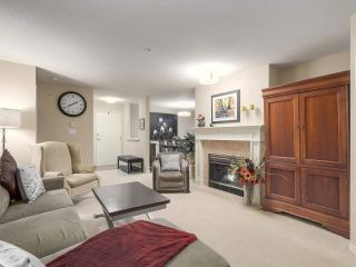 """Photo 5: 206 1144 STRATHAVEN Drive in North Vancouver: Northlands Condo for sale in """"Strathaven"""" : MLS®# R2217915"""