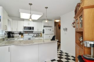 """Photo 16: 25 21138 88 Avenue in Langley: Walnut Grove Townhouse for sale in """"SPENCER GREEN"""" : MLS®# R2582937"""