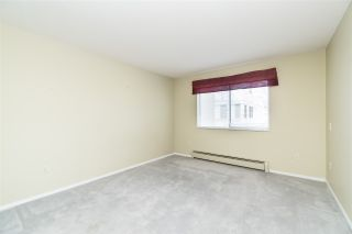 """Photo 13: 205 31930 OLD YALE Road in Abbotsford: Abbotsford West Condo for sale in """"Royal Court"""" : MLS®# R2413572"""