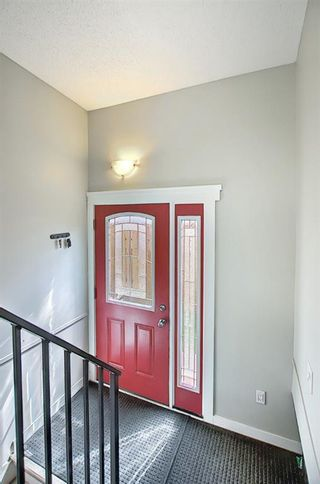 Photo 16: 6 Varslea Place NW in Calgary: Varsity Detached for sale : MLS®# A1149827