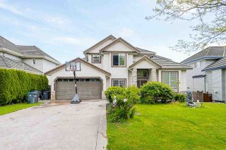 Photo 1: 8250 167A Street in Surrey: Fleetwood Tynehead House for sale : MLS®# R2579224
